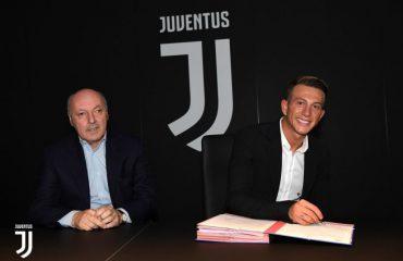 Juventus, firmos Federico Bernardeschi për 40 mln euro nga Fiorentina