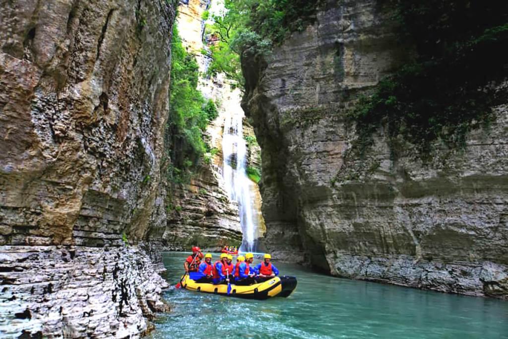 Kanionet e Gradecit, një mundësi për argëtim dhe sporte ekstreme