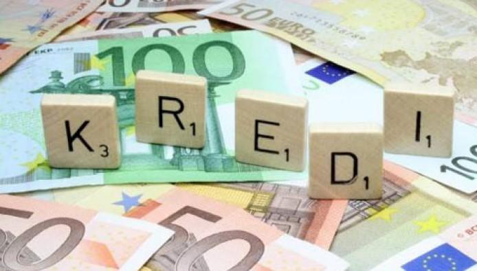 Kreditë me probleme, ende telash për bankat