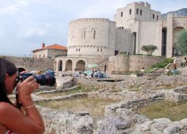 TURIZMI 21 milionë të huaj kanë vizituar Shqipëri