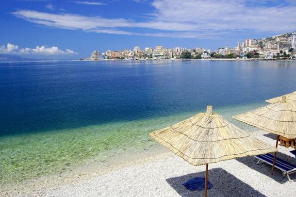Reportazhi: Shqipëria, Karaibe e Mesdheut