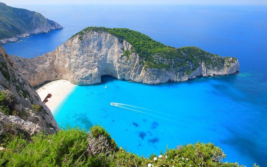 Po mendoni për pushime? Ja 10 ishujt më të lirë të Greqisë