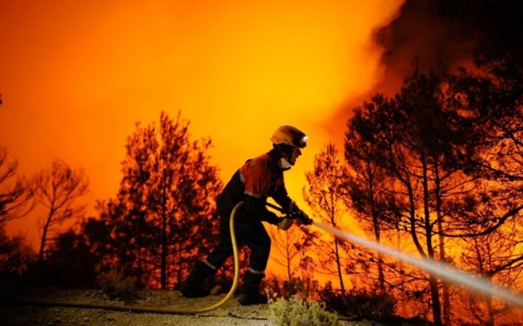 Temperaturat shkojnë në 34 °C, rrezik i madh për zjarre