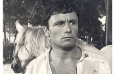 """Alfred Bualoti:  Edhe sot më quajnë """"Vlashi"""",  por s'jetohet me të kaluarën"""