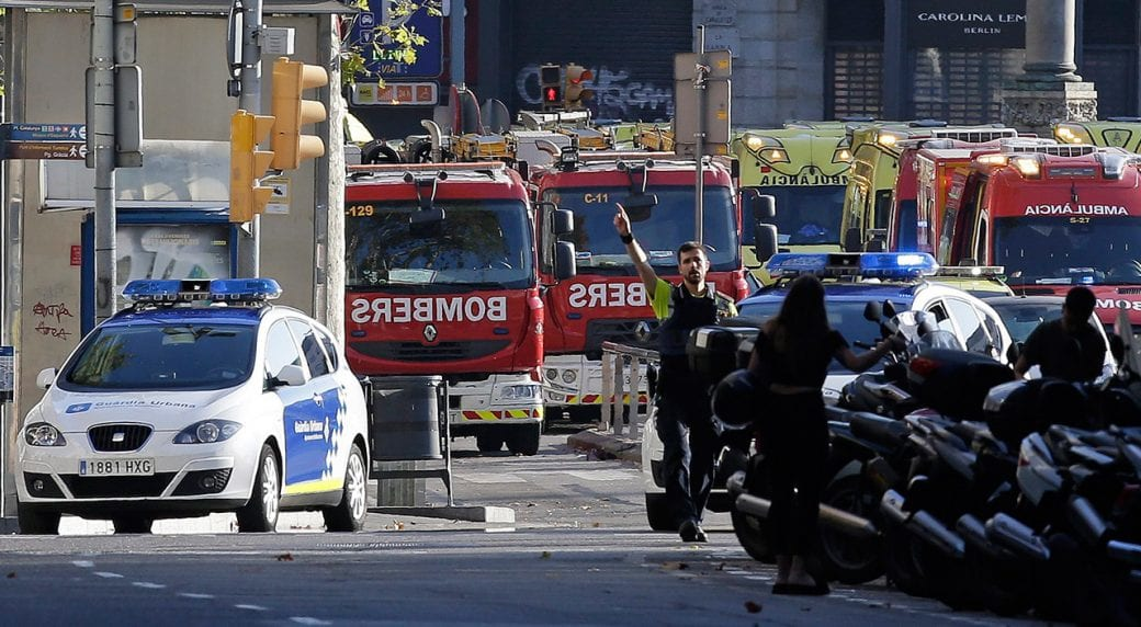 Panic and chaos in Barcelona, another attack is prevented, police kills 5 terrorists