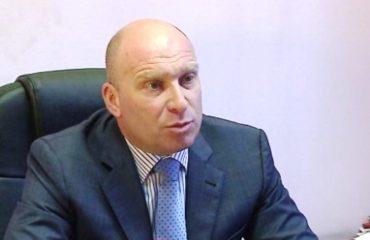 Ish-ministri Demiraj: Ju tregoj se kush e mbron Haki Çakon