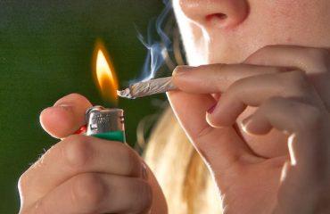 Duhan dhe hashash, si po dëmtohen fëmijët e shkollave