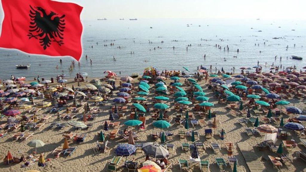 Serbët të kënaqur me pushimet në Shqipëri, këtë vit erdhën 35 për qind më tepër