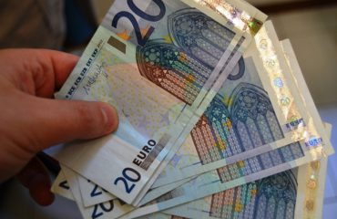 World Bank: Number of foreign investors coming to Albania will drop