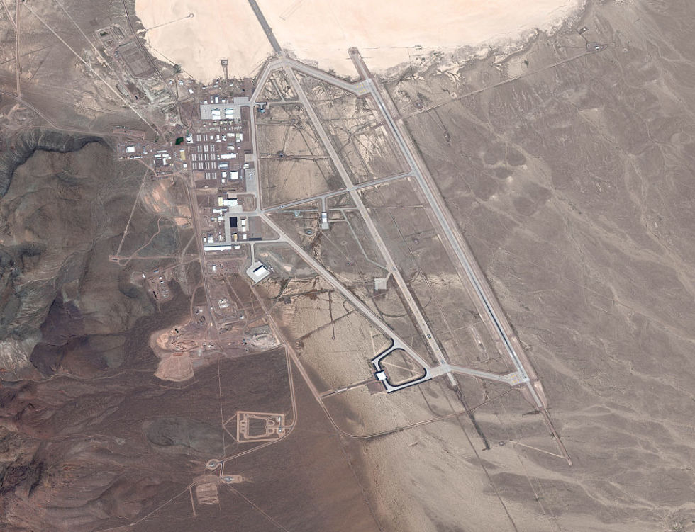 """ZONA 51/ Pamje të reja të bazës më të ruajtur amerikane, e konsideruar si """"burgu i jashtëtokësorëve"""""""