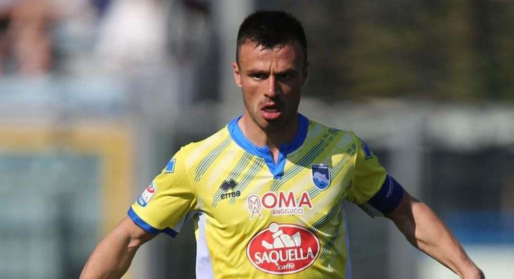 """Memushaj """"lajka"""" Hysajt para derbit kuqezi: Napoli luan futbollin më të bukur në Europë"""