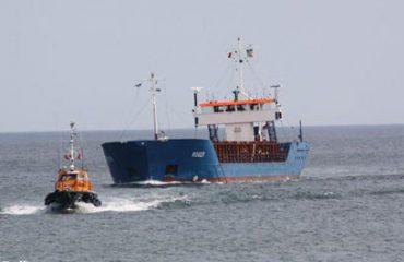 """Lirohet anija shqiptare në Libi, rebelët """"ranë dakort"""" për 35 mijë euro"""