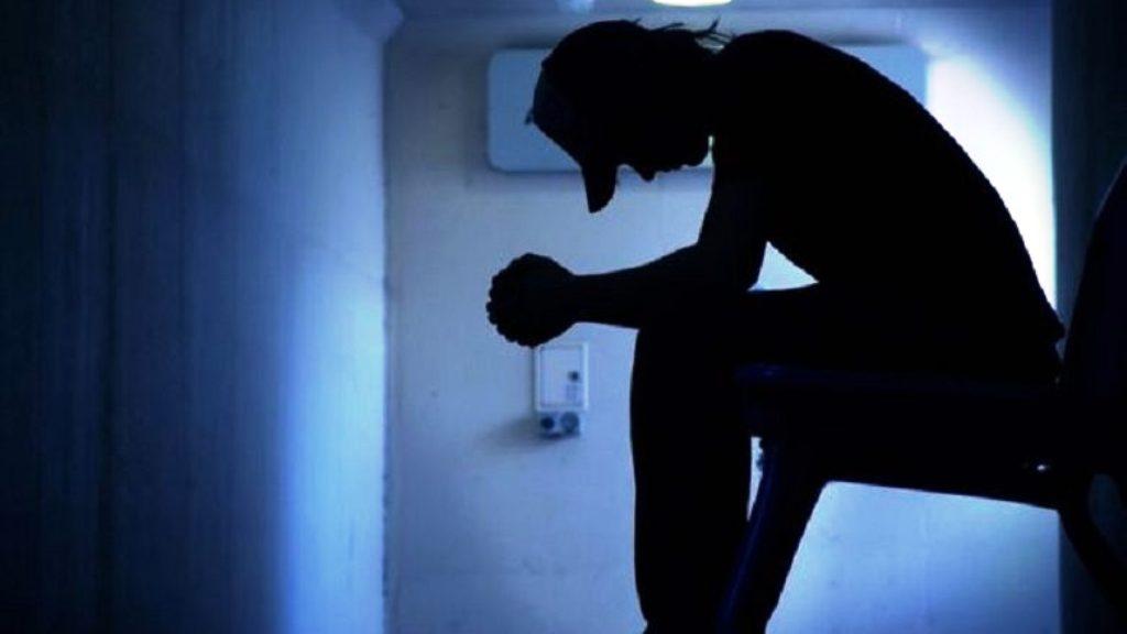 Sëmundjet psikiatrike, si t'i njohim nga simptomat fillestare