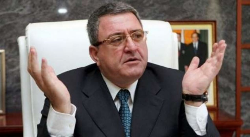 """""""ANTENA JASHTË FAMILJES"""": Armand Duka kërcënon Ramën: Me jep 4 milionë euro, ndryshe...!"""