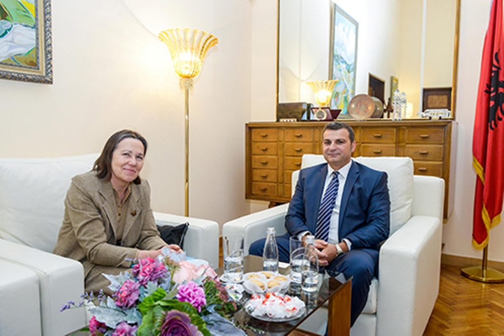 Governor of the Bank of Albania receives the new French ambassador