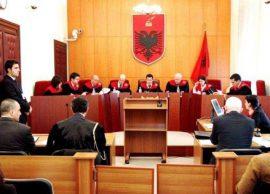 Vetingu masakron Gjykatën Kushtetuese, i shkarko