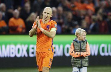 Nuk mjaftoi dopieta ndaj Suedisë, Arjen Robben i jep lamtumirë Holandës