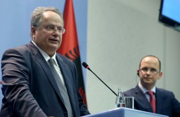 MPJ shqiptar Bushati, flet për takimin e Kretës me homologun Kotzias