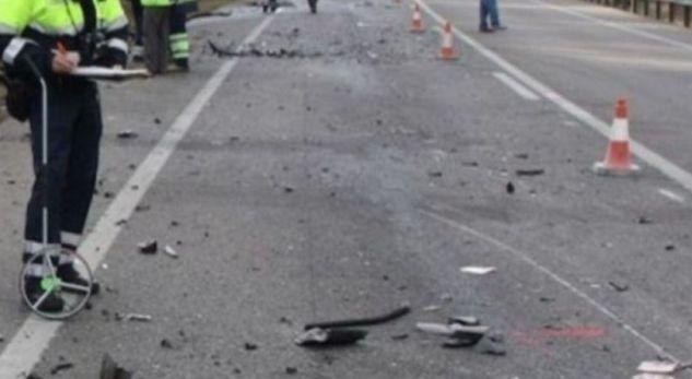 """""""BMW-ja"""" përfundon në kanal tek Syri i Kaltër, plagoset çifti"""