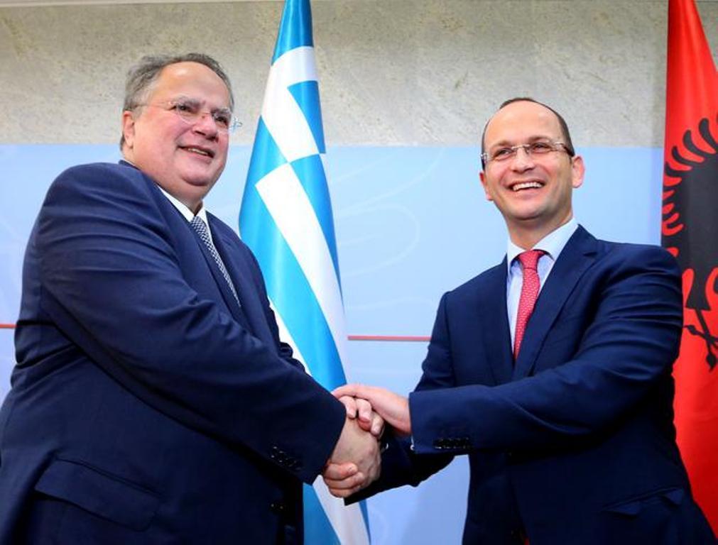Mbyllet takimi në Kretë Kotzias-Bushati, në Shqipëri do të vlerësohet mes tyre progresi i arritur