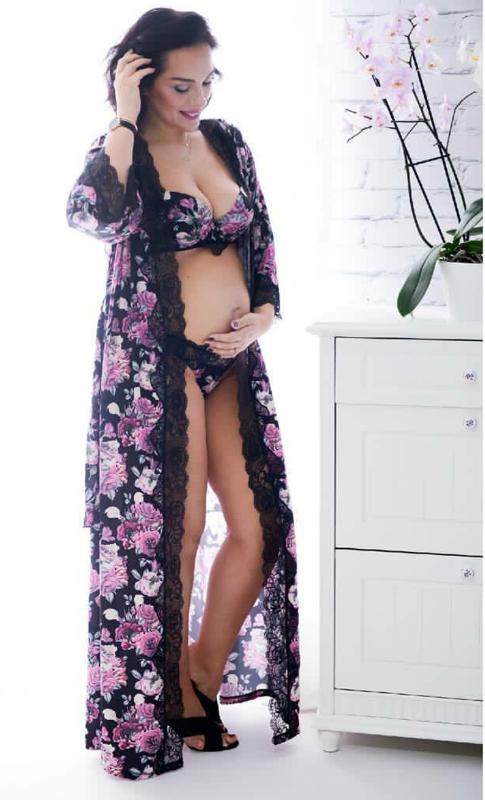 Estela sensuale edhe pse shtatzënë