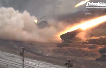 """Rusia teston """"katjushkat"""" moderne, demonstron fuqinë sulmuese ushtarake (VIDEO)"""