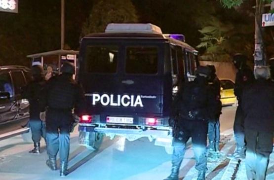 "Plagosja e policit Bregu, shoqërohen 9 persona e bllokohen 3 super-mjete në ""Nishrak"""