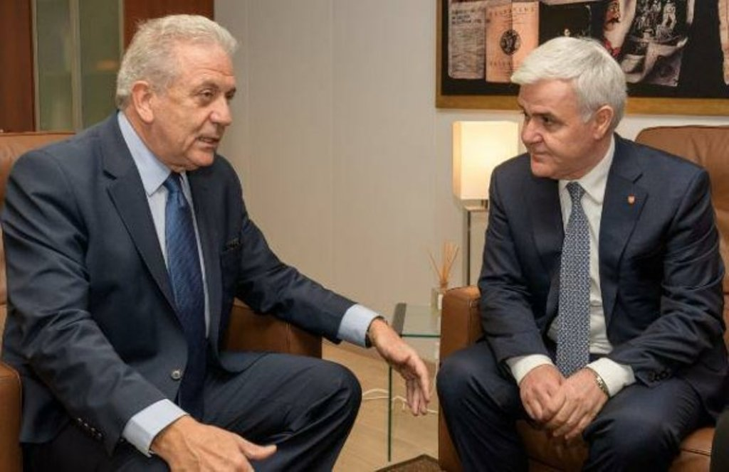 Minister of Interior received by EU commissioner Avramopoulos
