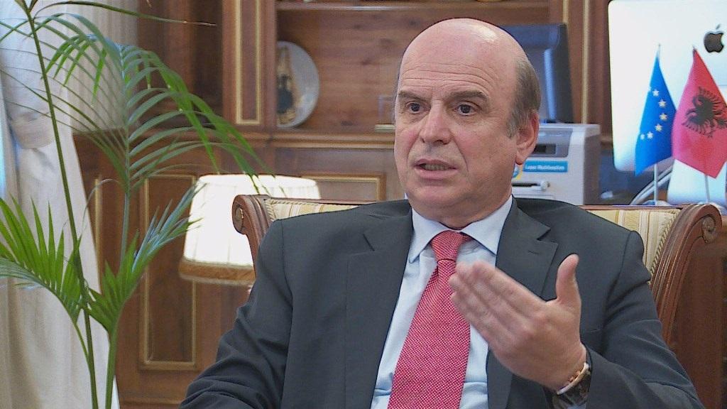 Ish-ministri i Bujqësisë lëshon alarmin: Qumështi me substanca kancerogjene