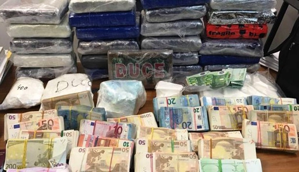Burg dy vëllezërve nga Shqipëria, u kapën me 4 milionë euro kokainë