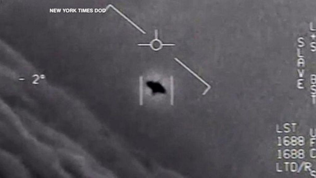 Rrëfimi i pilotit që pa një UFO: Kur u afrova, u ngjit me shpejtësi dhe u zhduk