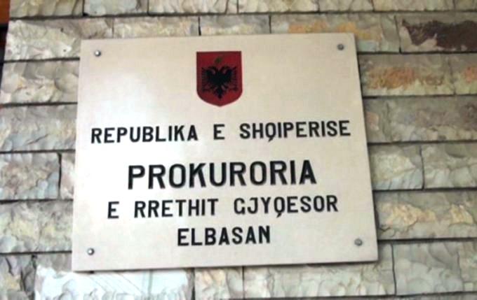 """Dosjet e 'humbura"""" në Elbasan, janë deleguar"""