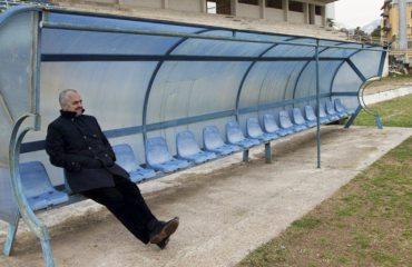 """""""ANTENA JASHTË FAMILJES"""": Edi Rama sabotoi autobusin e ekipit të futbollit të Ballshit"""