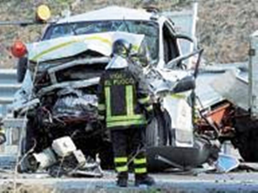 Aksidenti, humb jetën kamionisti shqiptar