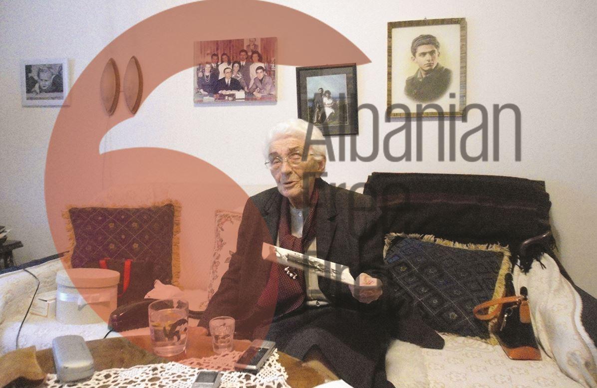 RRËFIM I RRALLË I VITO KAPOS...Si u bëra sekretarja e parë e Enver Hoxhës