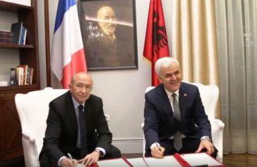 """Ministri francez """"dhuratë"""" Xhafajt dy ekspertë të antikrimit të organizuar"""