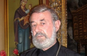 Tha 'Kosova është Serbi', At Nikolla Marku: Largojeni atë prift!