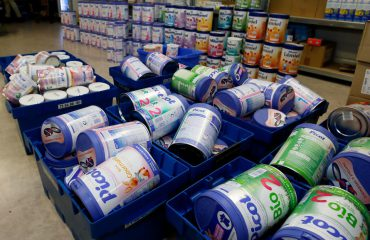 Qumështi për bebet me salmonelë, plas skandali në 83 shtete