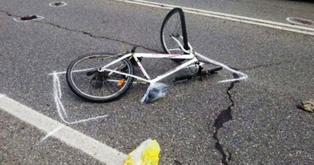 Makina përplas 77-vjeçarin me biçikletë në Korçë, arrestohet shoferi