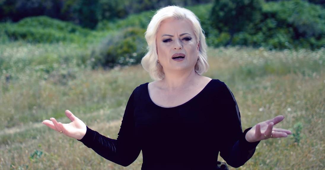 Vera Laçi: Dea, dashuria që më bëri t'i rikthehem këngës