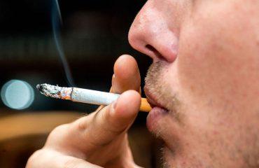 Lënia e duhanit, a shmanget vërtet rreziku i kancerit në mushkëri?