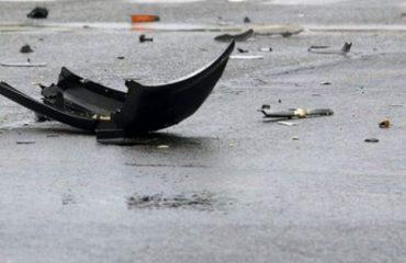 """Aksident në qendër të Divjakës, gruaja me """"Benz"""" përplas për vdekje fëmijën 6-vjeçar"""
