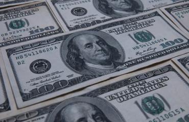 Alarmi për kartëmonedhat false, kapet 44-vjeçari me mbi 20 mijë dollarë