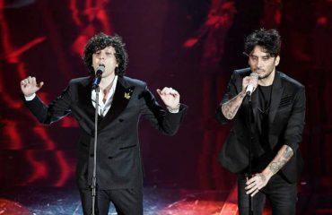 Ermal Meta fiton Festivalin e Sanremos