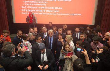 Majko në Londër, takim me shqiptarët e diasporës