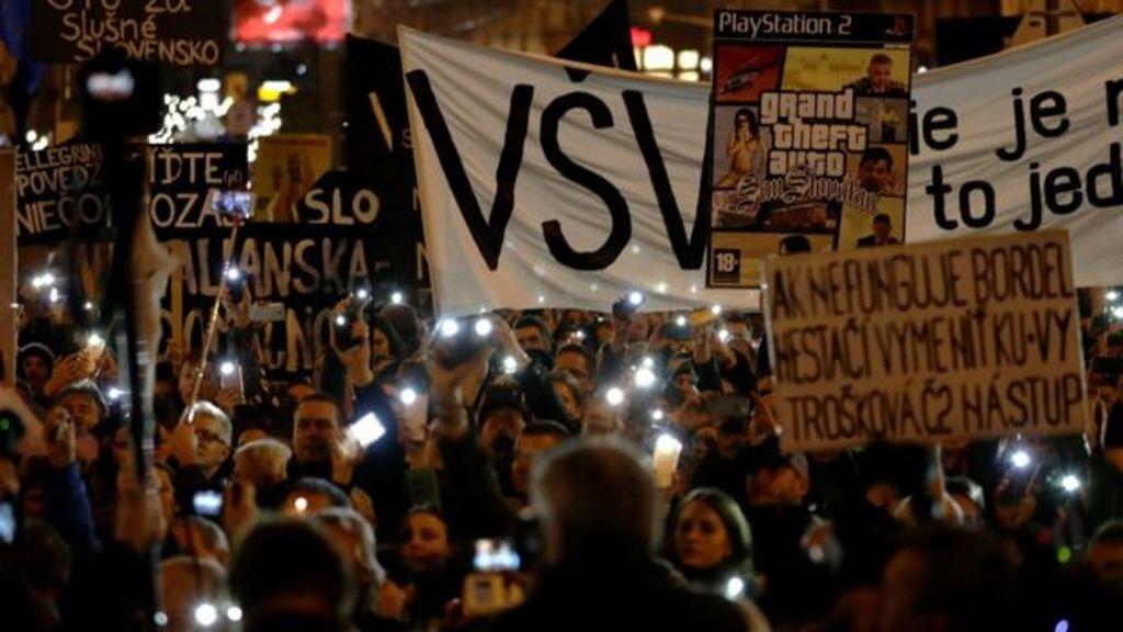 Vazhdojnë protestat për vrasjen e gazetarit, sllovakët nuk kënaqen me dorëheqjen e kryeministrit
