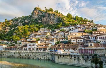 """""""Reklamë"""" për Beratin edhe nga Azia, një nga 7 qytetet më të bukur të Europës"""