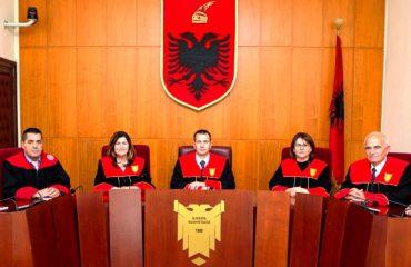 Shkarkimi i gjyqtarit Lulo nga KPK/ Kryetari Dedja: Kushtetuesja e bllokuar tërësisht