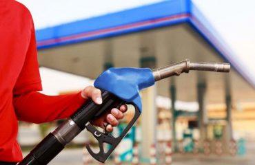 """Nafta, kemi çmimin më të lartë në rajon, ja sa taksa paguajnë shqiptarët për një litër """"ar të zi"""""""