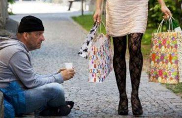 Mjerimi i të varfërve dhe luksi i të pasurve, për çfarë i shpenzojnë paratë shqiptarët